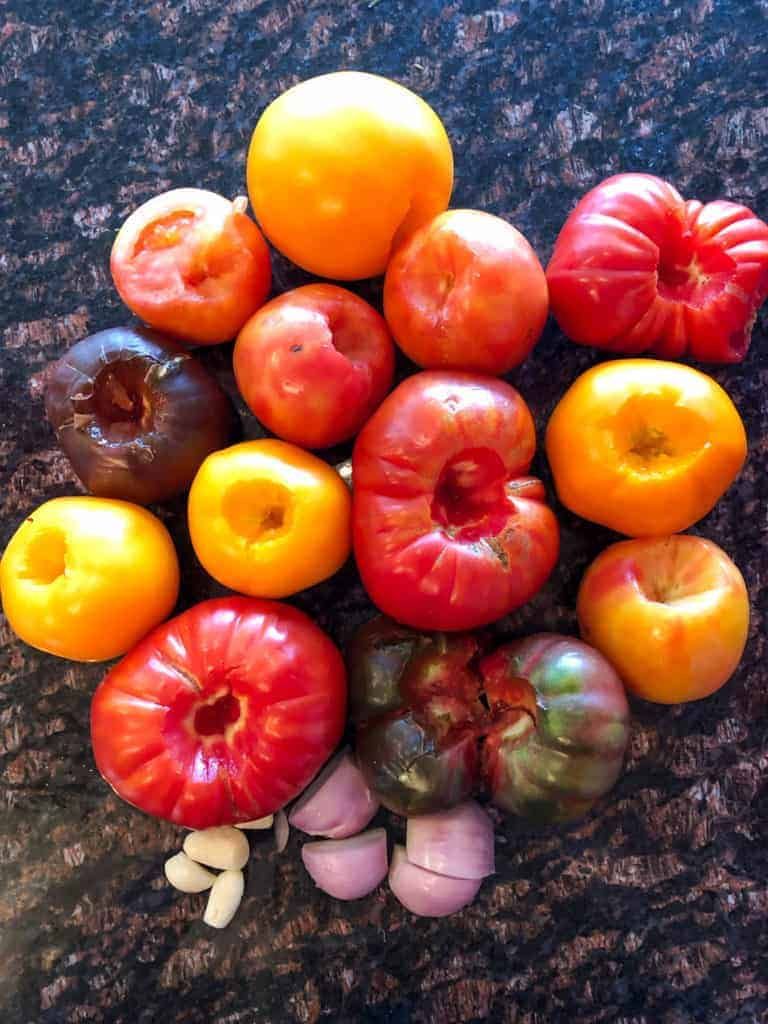 Heirloom tomatoes are an open-pollinated and non-hybrid tomato