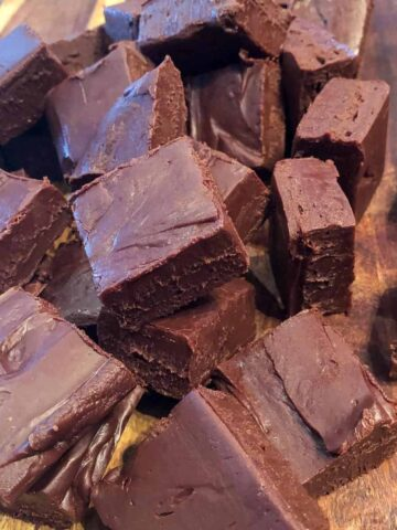 An Easy Homemade Fudge Recipe
